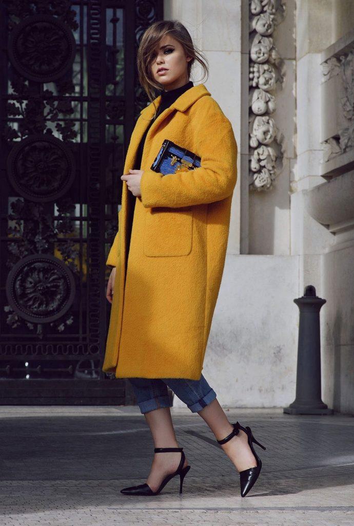 Cappotto giallo mostarda (Pinterest)