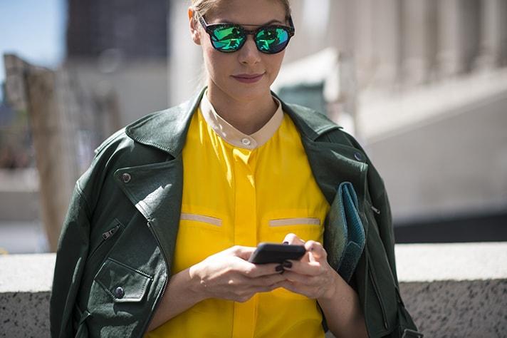 street-style-yellow-green