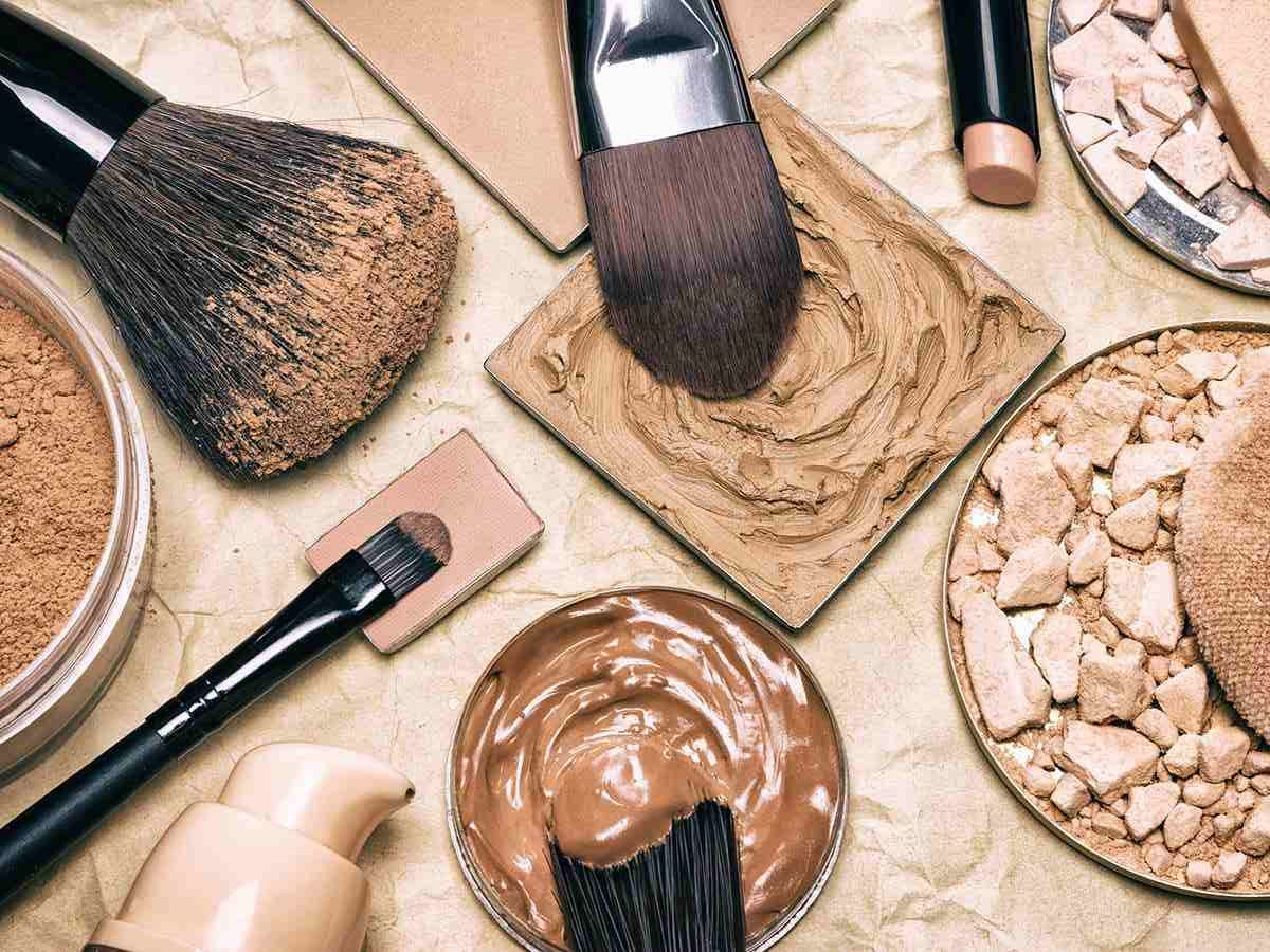 Come scegliere il fondotinta più adatto a te di Lisa Campolunghi