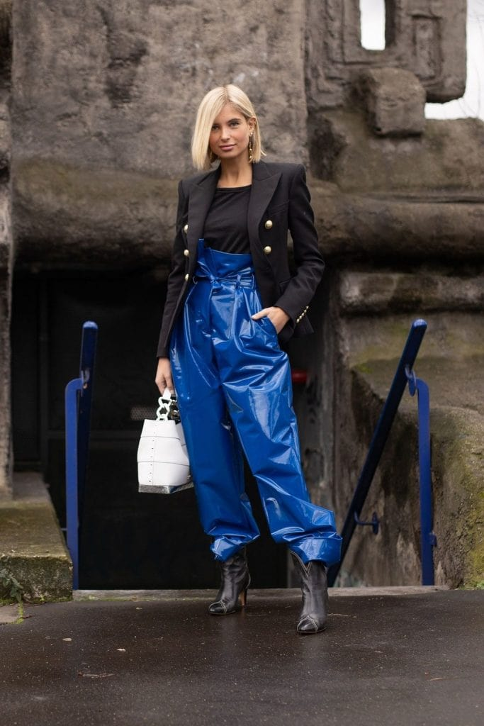Classic Blue & Black Street Style